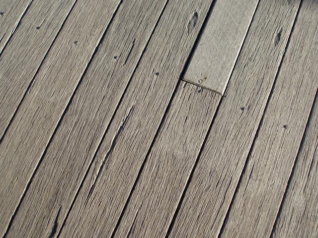 prkenná podlaha.jpg
